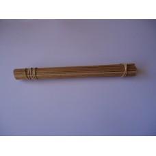 Axles, wooden dowel,250mm x 4mm pkt/100